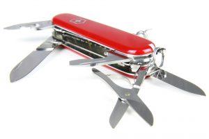 couteau suisse ouvert