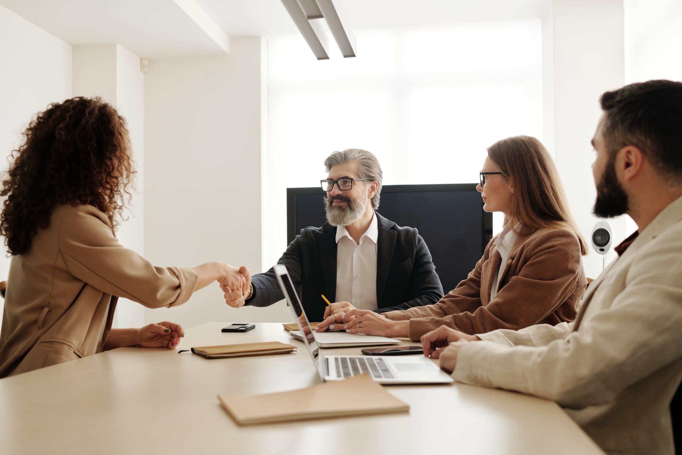4 raisons de collaborer avec une agence d'intérim
