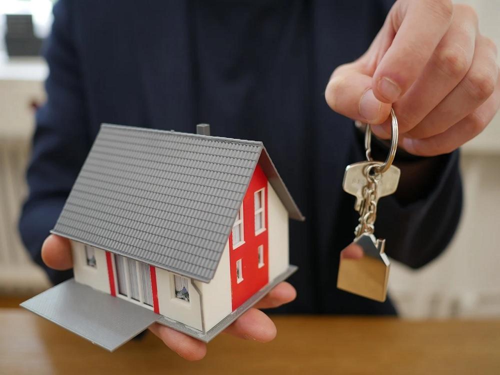 agent immobilier maison