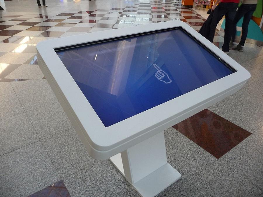 borne interactive tactile